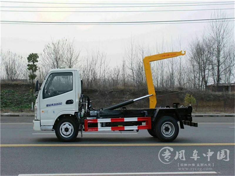凯马5方钩臂式垃圾车图片