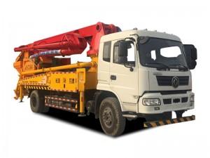 东风随专27米混凝土泵车