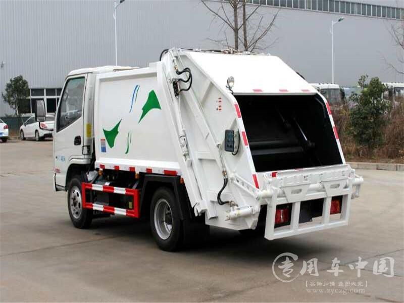 凯马5方压缩式垃圾车图片