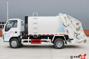 最新程力压缩式垃圾车价格表