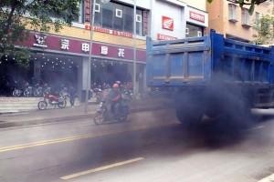 北京:治理柴油车污染要力度也要温度