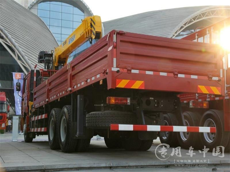 陕汽德龙12吨随车吊图片