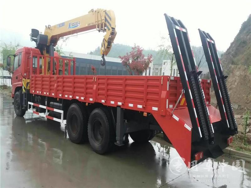 东风专底14吨随车吊图片