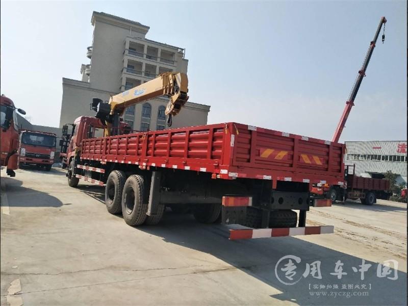 东风御龙12吨随车吊图片