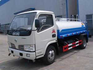 程力东风多利卡2吨蓝牌洒水车