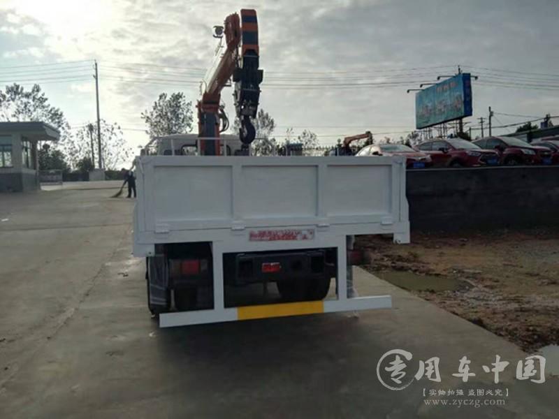 福田瑞沃5吨随车吊图片