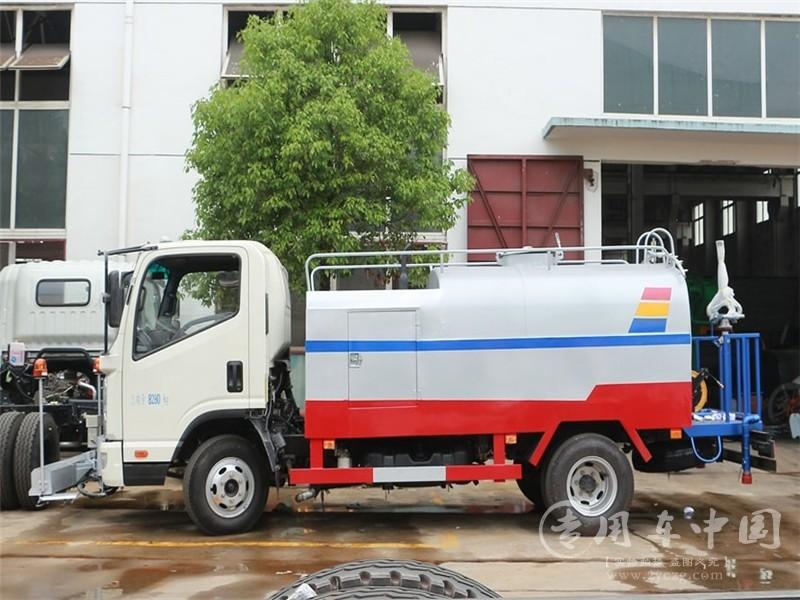 凯马凯捷3方高压清洗车图片