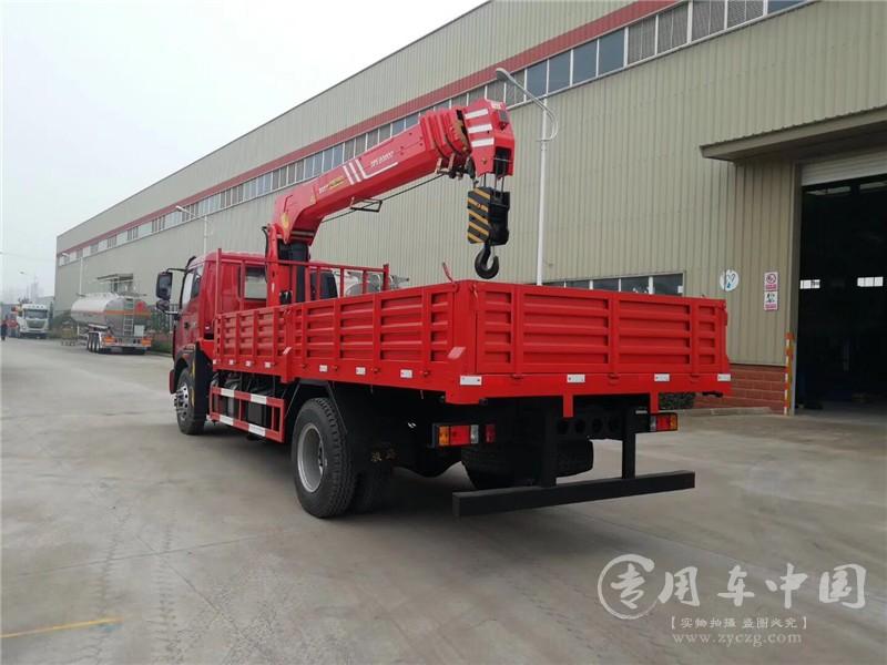 福田瑞沃8吨随车吊图片