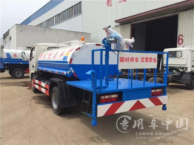 东风多利卡2吨蓝牌洒水车