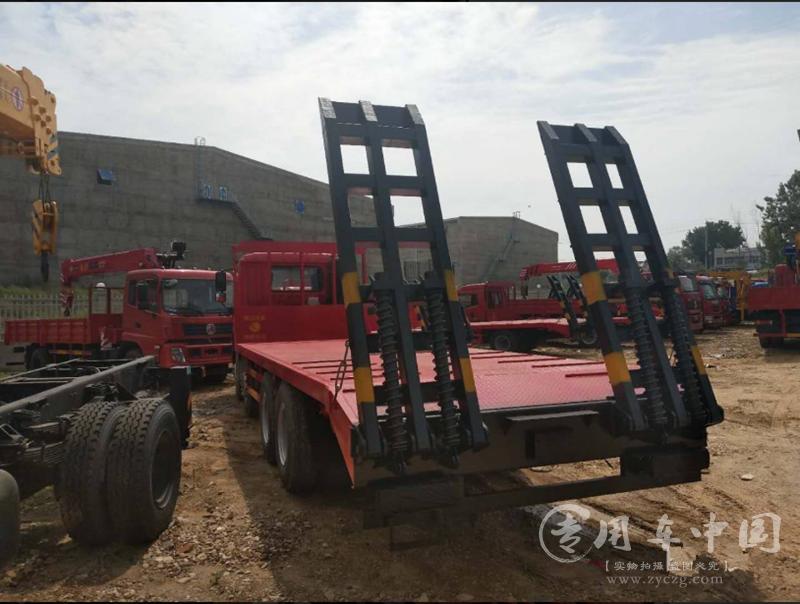 楚风解放悍V7米6平板车
