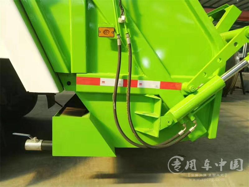 江淮6方压缩式垃圾车图片