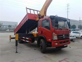 东风专底6.3吨随车吊