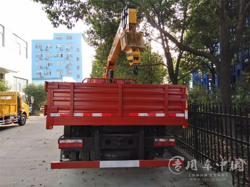 5吨东风随车吊图片