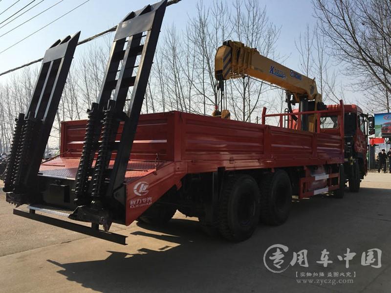 16吨东风随车吊图片