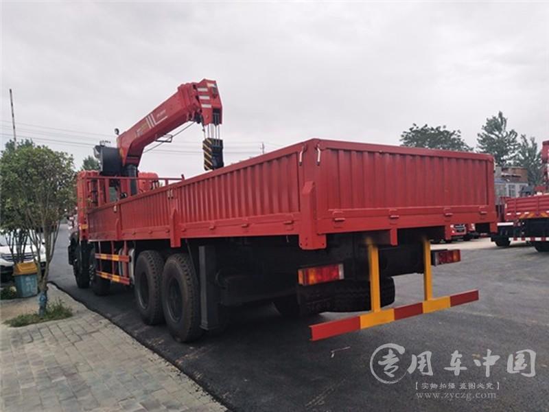 20吨东风随车吊图片