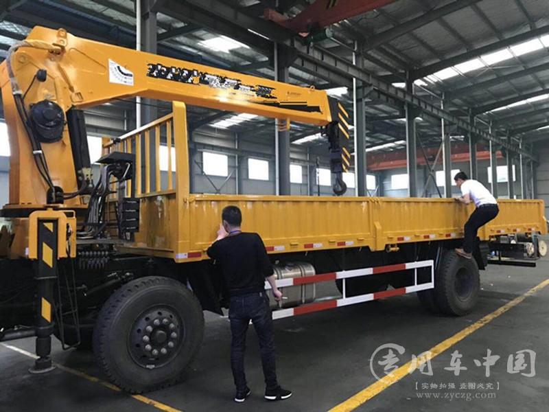 程力东风T5 10吨随车吊
