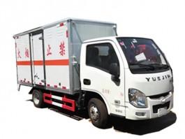 跃进小福星3类易燃液体厢式运输车