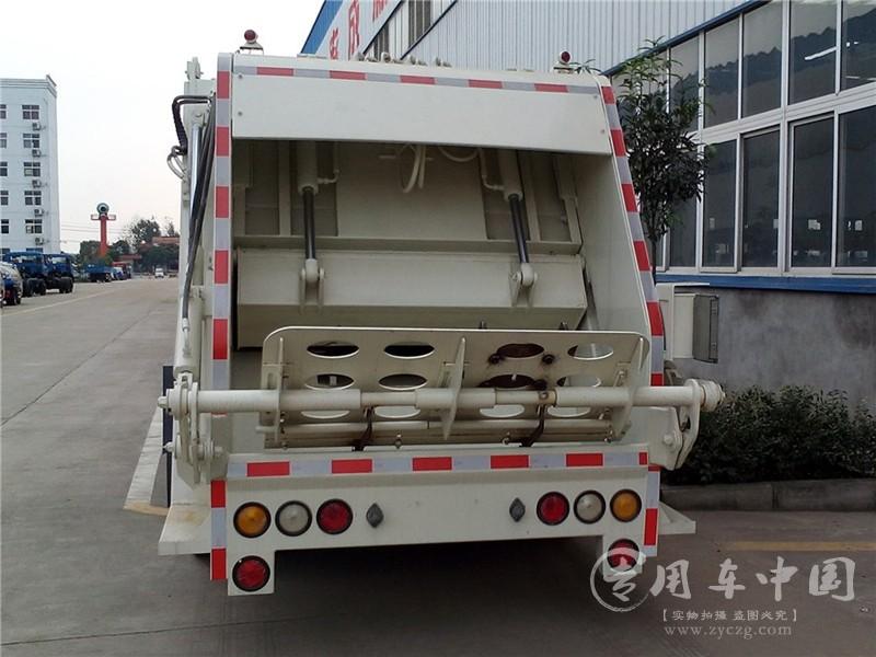 东风6方压缩垃圾车图片