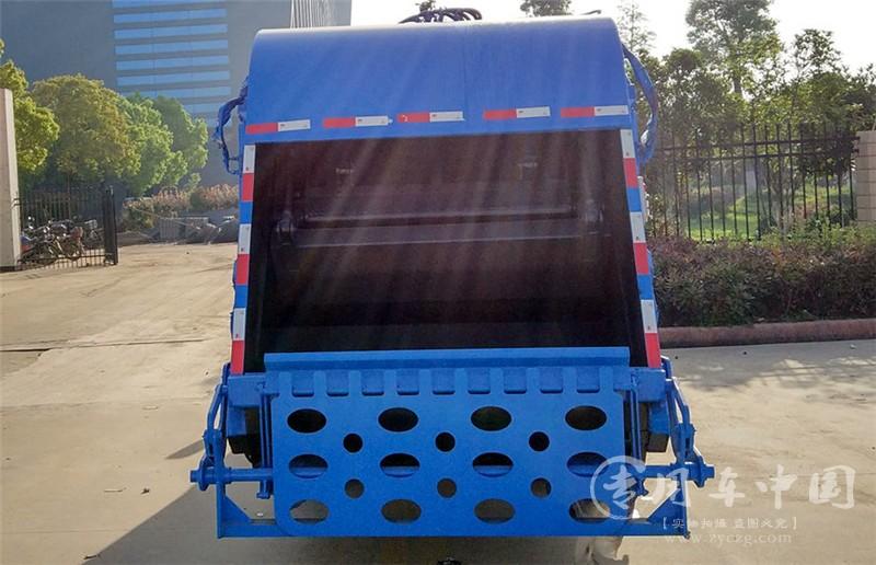 合力江铃3方压缩式垃圾车