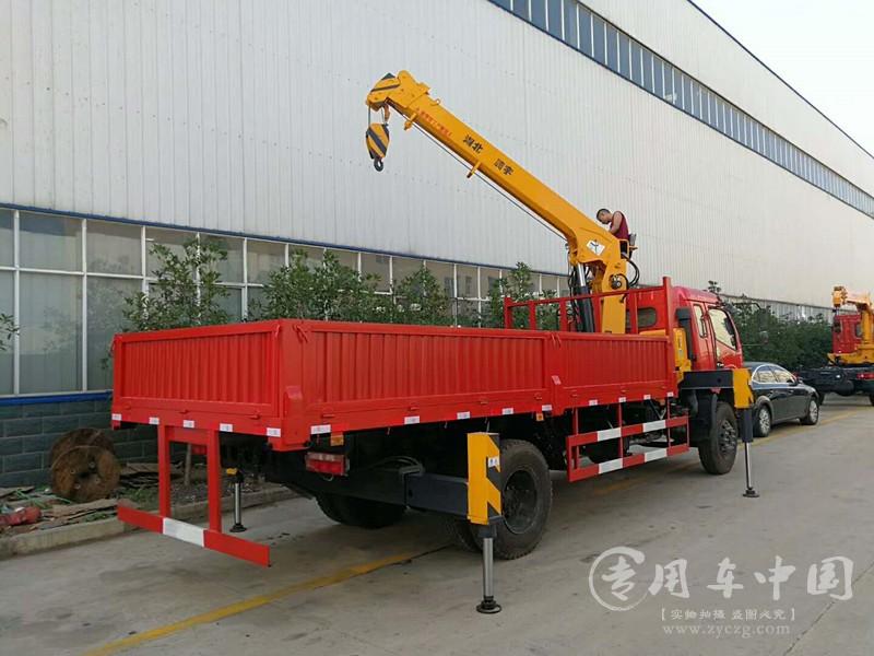 东风福瑞卡6.3吨随车吊图片