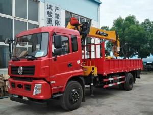 东风 专底8吨随车起重运输车
