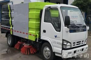 庆铃五十铃5.5立方扫路车价格¥22.1万元