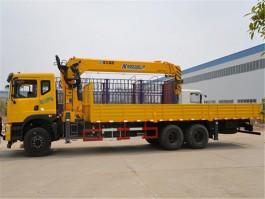 14吨东风随车起重运输车