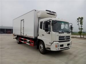 东风天锦7.6米冷藏车