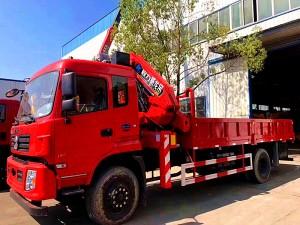 东风专底12吨折叠臂随车吊