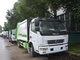 东风8方压缩式垃圾车 (5)