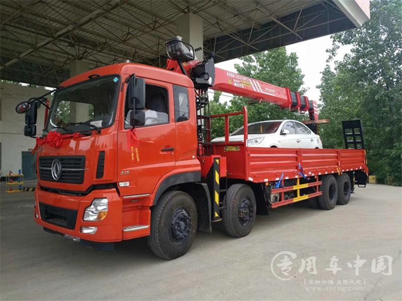 东风天龙前四后八随车吊(10-16吨) 图片
