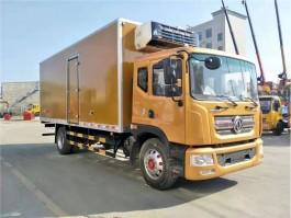 国六东风多利卡D9冷藏车