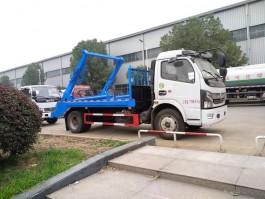 东风8方摆臂垃圾车 (3)