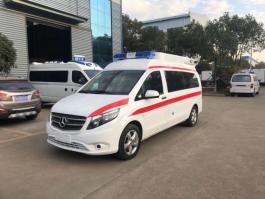 奔驰新威霆监护型救护车 (7)