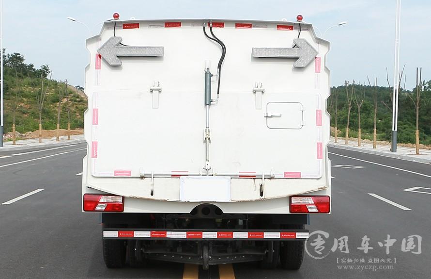 国五江铃8方道路清扫车