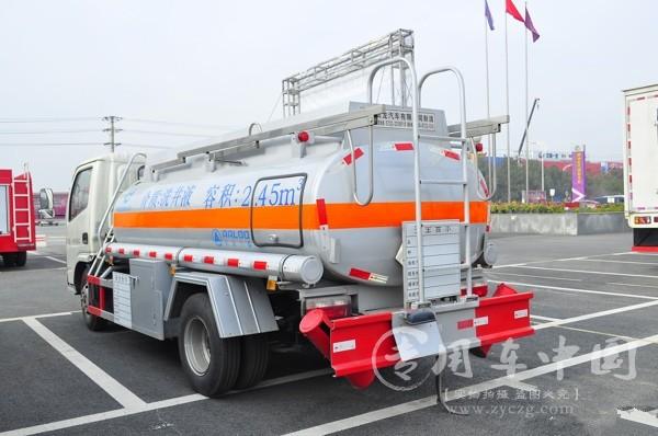 如何选购化工液体运输车的正确方式