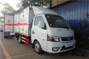 东风途逸T5G3米杂项危险物品厢式运输车特点