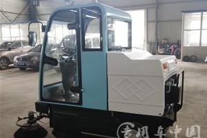 纯电动路面扫地车价格:¥52000元