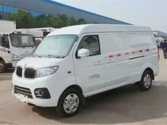 国六新车型金杯X30面包冷藏车详细配置:
