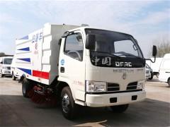 广东省东风多利卡扫路车长大公路工程有限公司订购下线完工