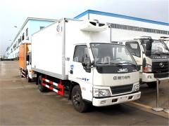 江铃顺达小型冷藏车发往重庆2台