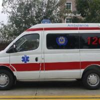 大通V80短轴紧急救护车