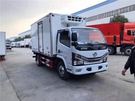 国六东风4.2米小型冷藏车