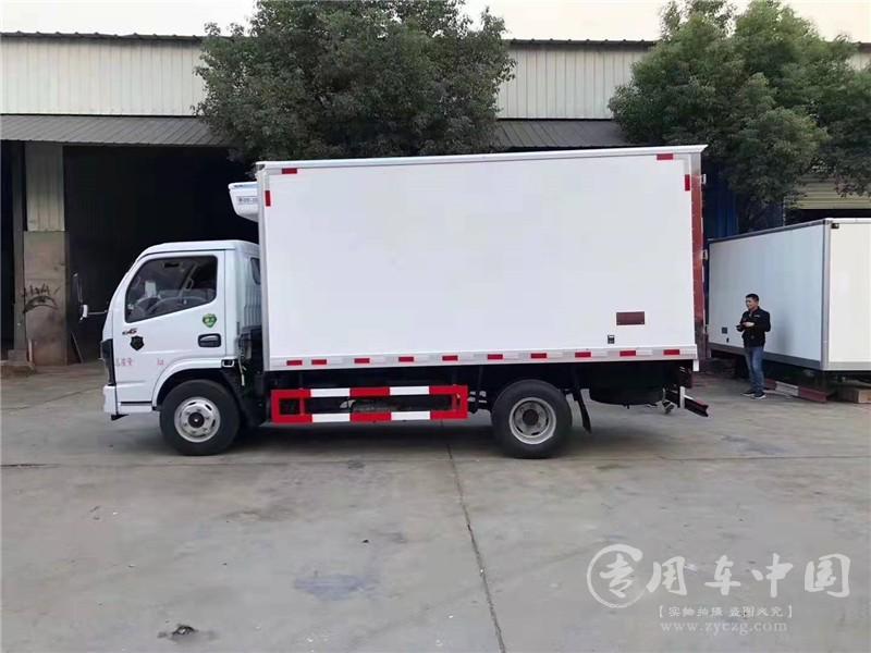 国六东风4.2米小型冷藏车图片
