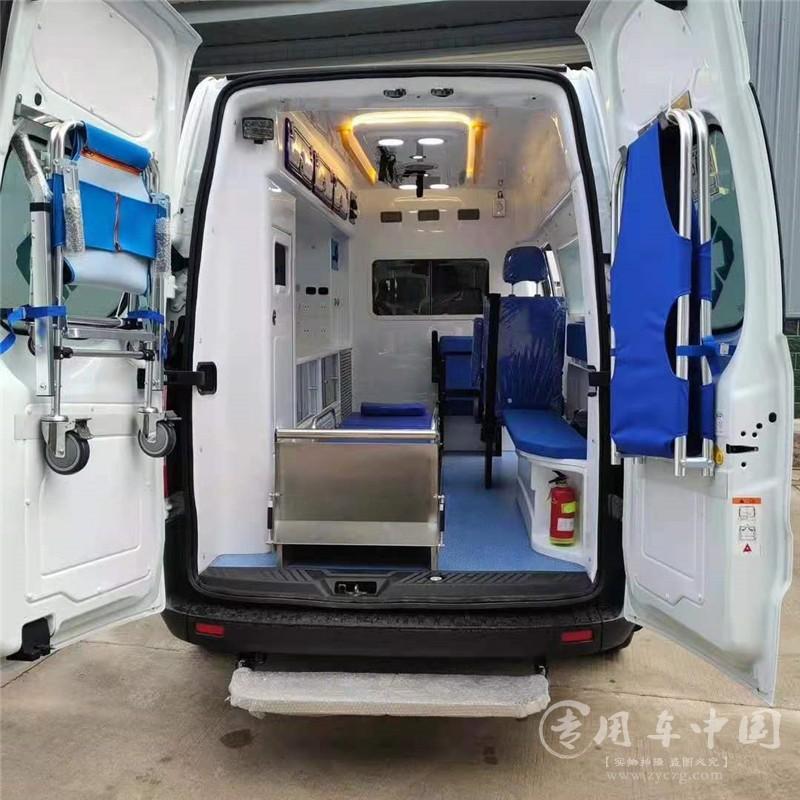 福特全顺监护型救护车图片4