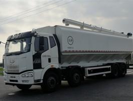 解放20吨饲料运输罐车