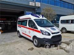 5台福特救护车交车|福特负压救护车交车成功