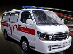 金杯120救护车