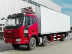 解放小三轴8..7米冷藏车多功能配置|小三轴冷藏车动态