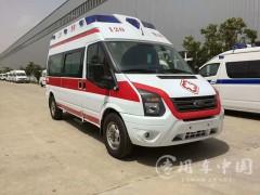 配备高端设备的全顺救护车是中国最先进的救护车之一